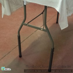 Table blanche - 8 personnes - location