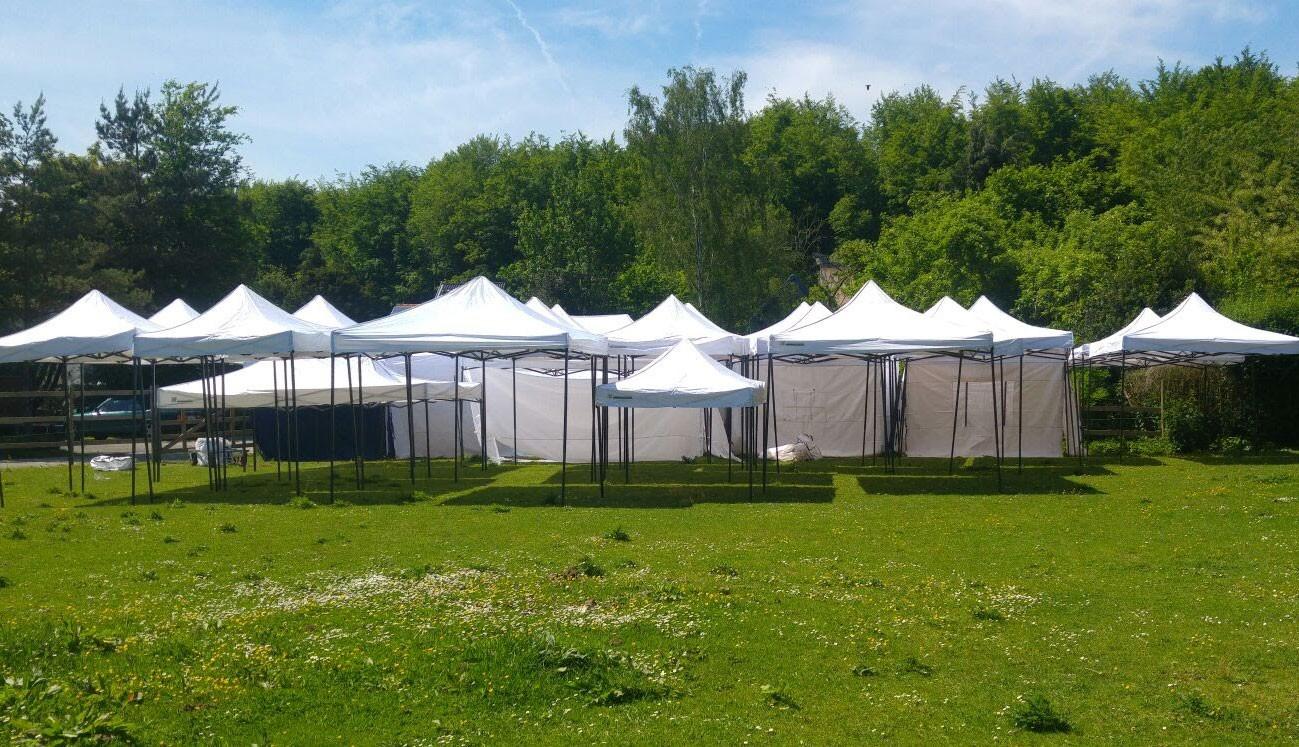 Tentes pliantes - Tonnelles en tubes - Pagodes Monbeauchateau bruxelles
